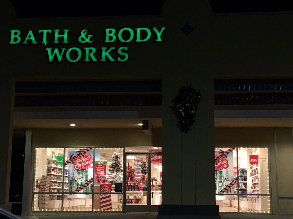 Bath & Body Works: 5315 W Centinela, Los Angeles, CA