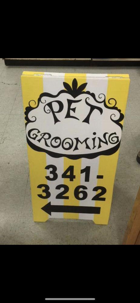 Urban Tails Grooming: 11042 WA-525, Clinton, WA