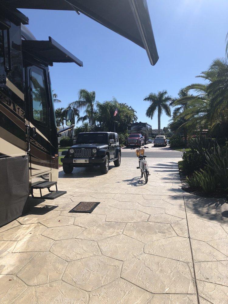 Pelican Lake Motor Coach Resort