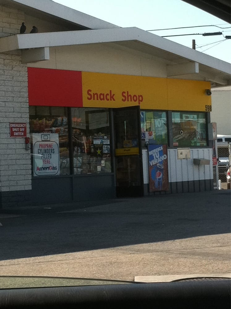Shell auto service 12 reviews garages 598 e anaheim for Garage auto st genest lerpt