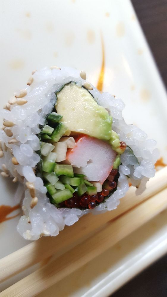 California roll has larger than usual fish eggs - Yelp