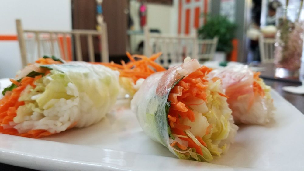 Ruuthai's Kitchen: 648 Beechwood Ave, Bridgeport, CT