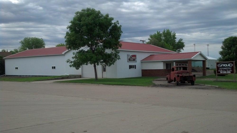 Mike's Unique Automotive Collision Center: 108 4th St S, Ellendale, ND