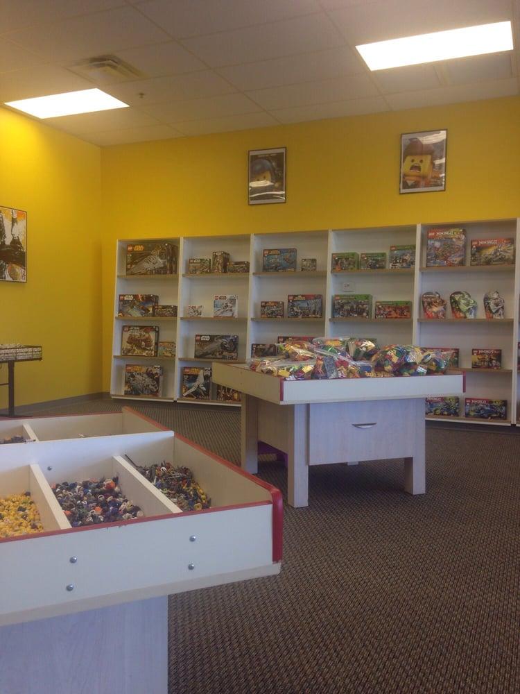 Bricks & Minifigs: 1721 N Dysart Rd, Avondale, AZ