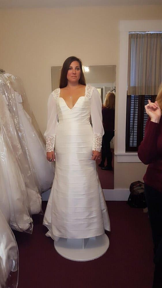 Wedding Creations: 7 E 5th St, Washington, MO