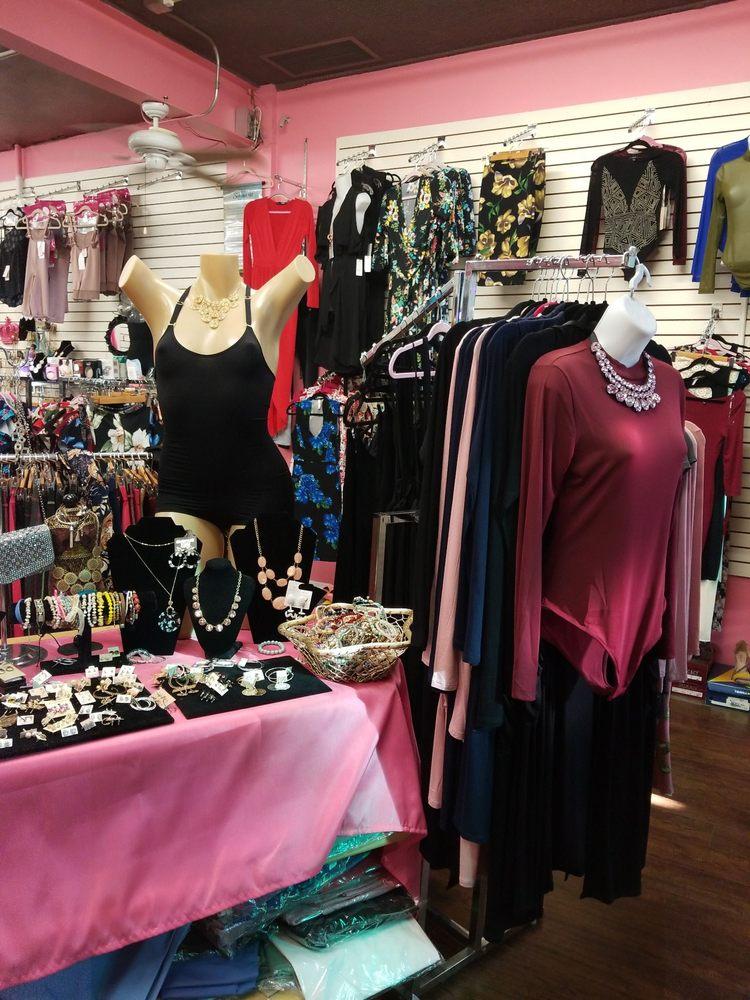 Gabby's Boutique: 14131 Ramona Blvd, Baldwin Park, CA