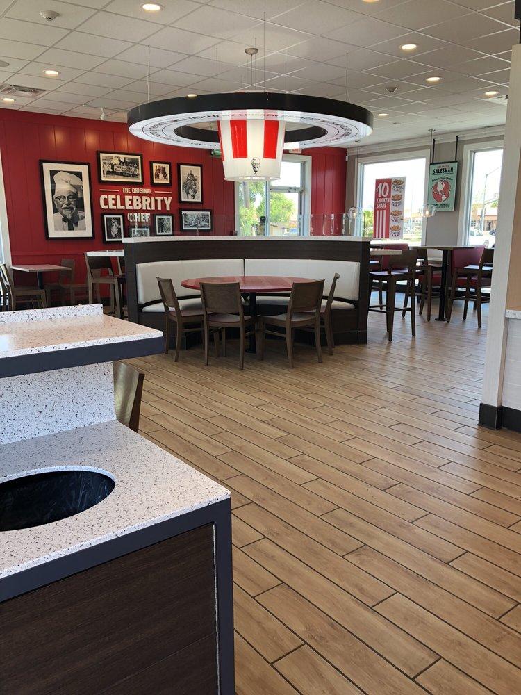 KFC: 2016 E Childs Ave, Merced, CA