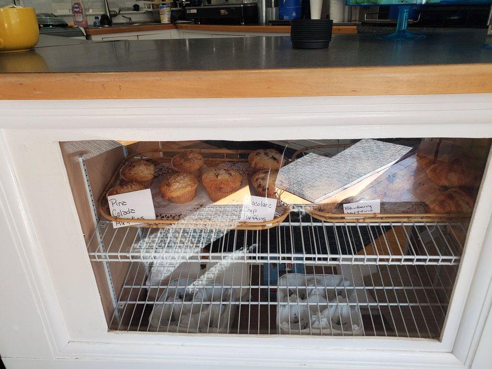 The Cove Cafe: 1064 Washington St, Gloucester, MA