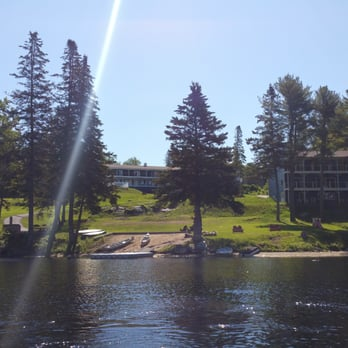 Photo Of Beach Cove Waterfront Inn Boothbay Harbor Me United States The