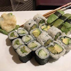 sakura sushi und thail ndische k che 11 fotos 26 beitr ge sushi fleischhauerstr 35 37. Black Bedroom Furniture Sets. Home Design Ideas
