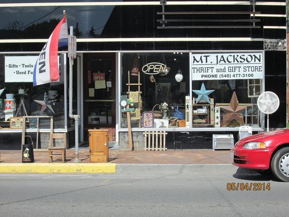 Mount Jackson Thrift & Gift: 5987 Main St, Mount Jackson, VA