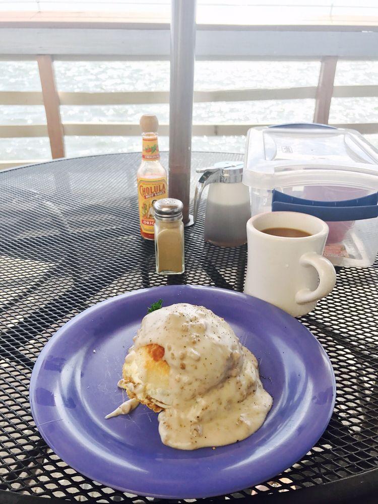 Maggie Mae's Sunrise Cafe: 1261 Gulf Blvd, Clearwater Beach, FL
