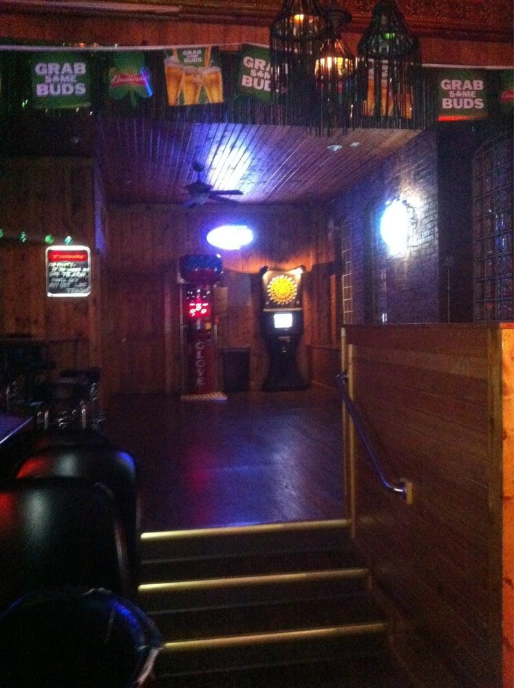 Lucky Shamrock: 315 20th St, Rock Island, IL