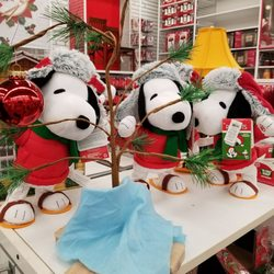 photo of bed bath beyond aiea hi united states snoopy - Bed Bath And Beyond Christmas Decorations