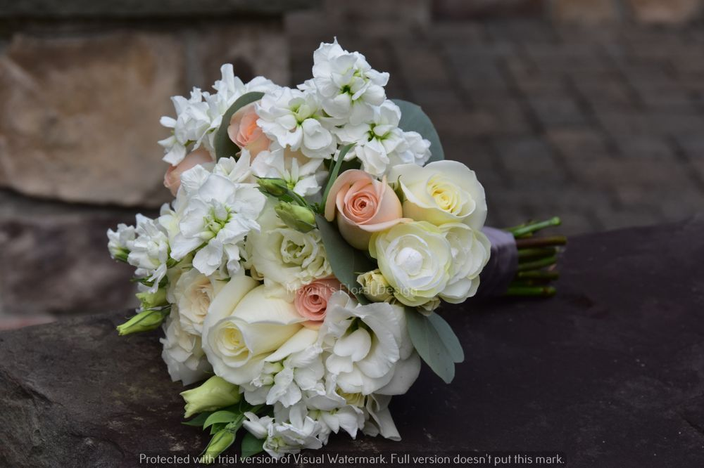 Bouquet With Pastel Color For Wedding Creme White And Peach Colors