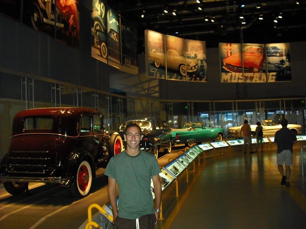 Ford Rouge Factory Tour: 20900 Oakwood Blvd, Dearborn, MI
