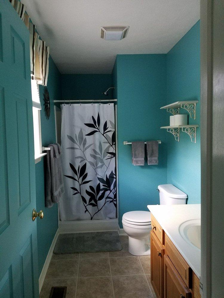 Berkeley Springs Cottage Rentals: 64 South Green St, Berkeley Springs, WV