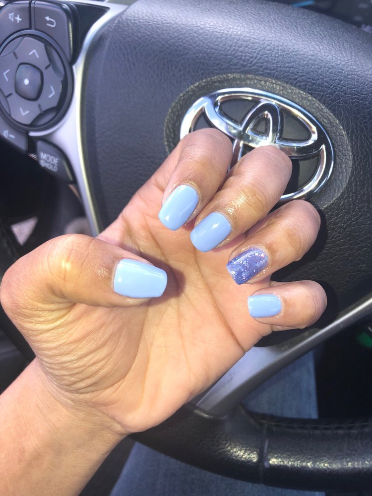 Regal Nails Salon & Spa: 3900 Morse Rd, Columbus, OH