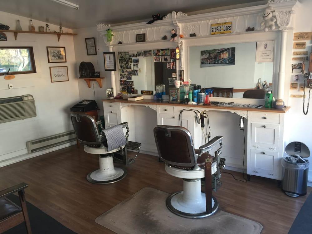 Eric's Barber shop: Main St, Cornwall, NY