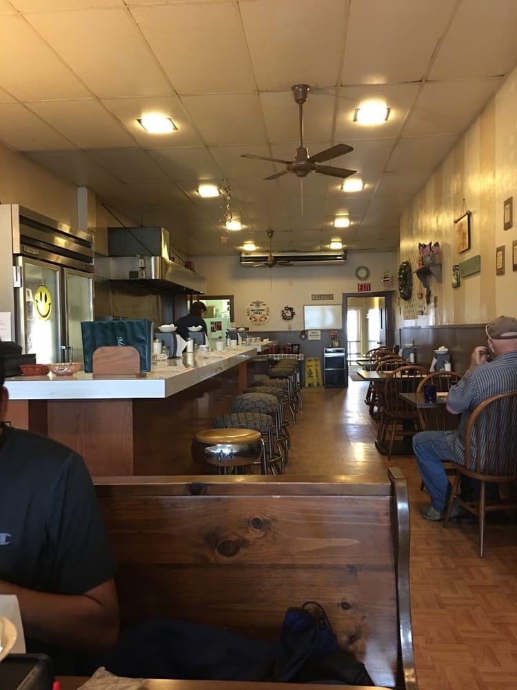 St Marys Corner Restaurant: 202 Chestnut St, Saint Marys, PA