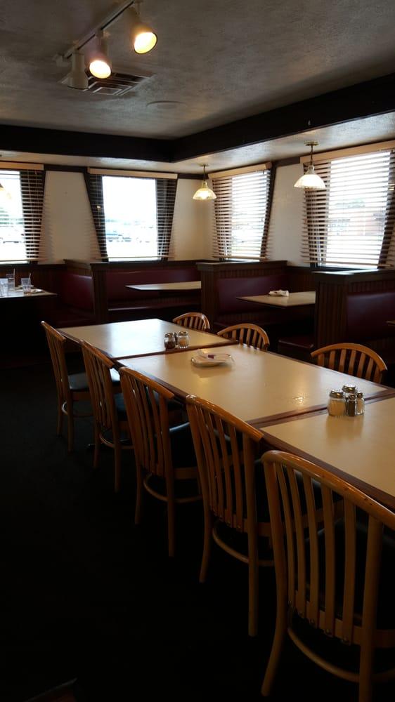 Pizza Hut: 721 3rd St SW, Winter Haven, FL