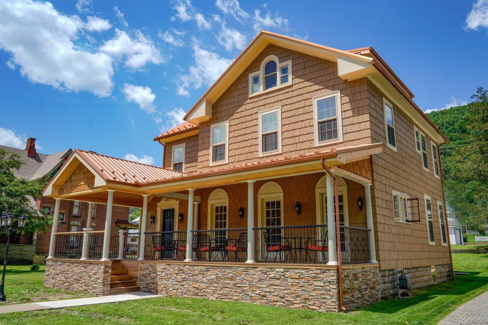 The Hygrade Inn: 212 East 4th St, Emporium, PA