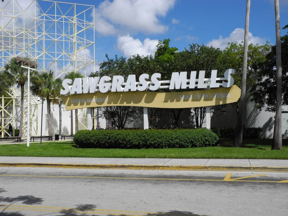 The Sawgrass Mills mall is located 13 miles (21 kilometers) northwest of downtown Fort Lauderdale. Drive and use the free on-site parking or use the free shuttle service from selected hotels in .
