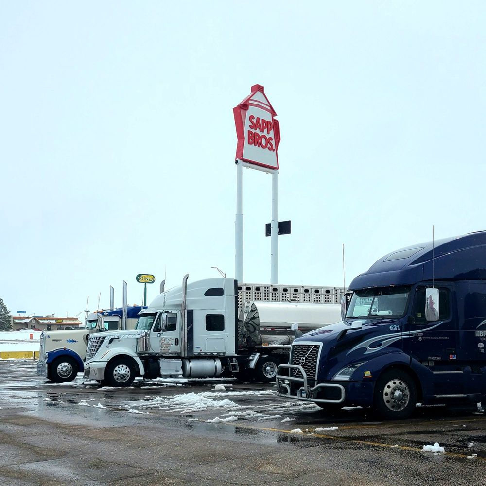 Sapp Bros Sidney Truck Stop: 2914 Upland Pkwy, Sidney, NE