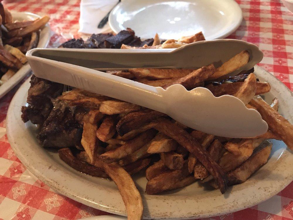 Doe's Eat Place: 1023 W Markham St, Little Rock, AR