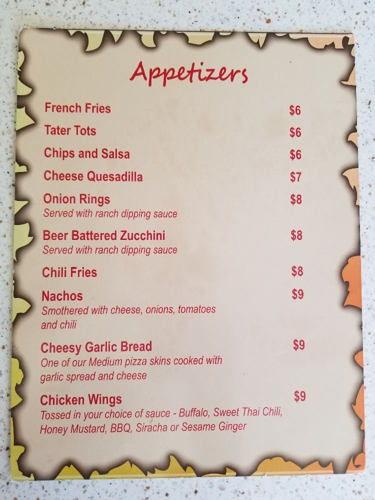 SUNSET BAR & GRILL: 5925 Country Club Dr, Weed, CA