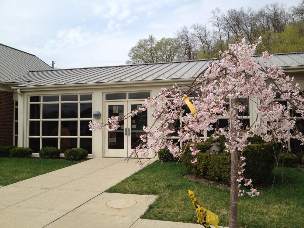 Fairfield County District Library - Bremen Branch: 200 School St, Bremen, OH