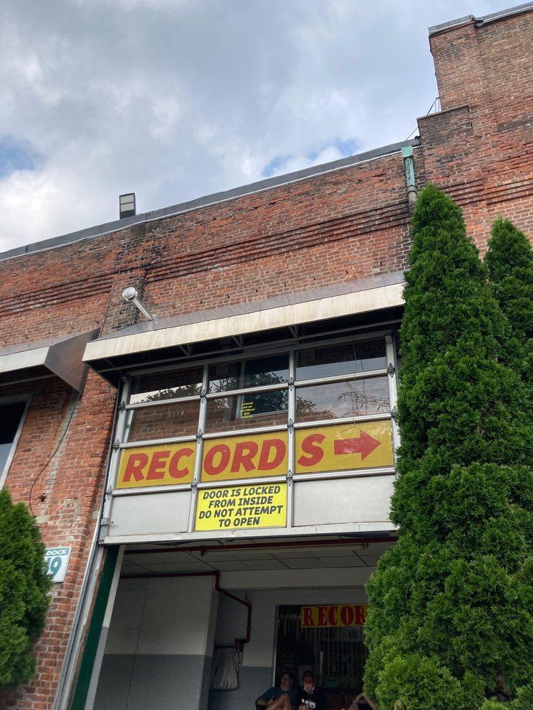Big Jim's Records: 3199 Albany Post Rd, Buchanan, NY