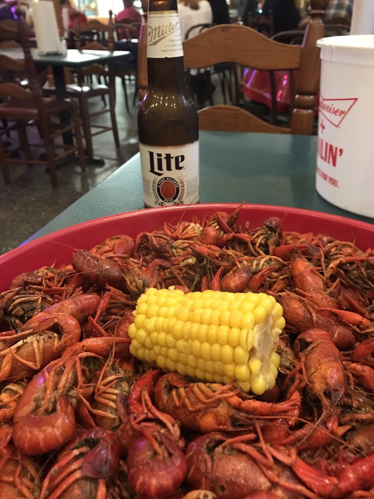 Sea Ranch Cafe: 1305 Magnolia Ave, Port Neches, TX