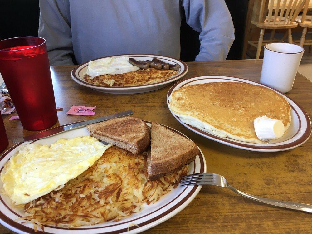 Mel's Diner: 121 Main St, Augusta, MT