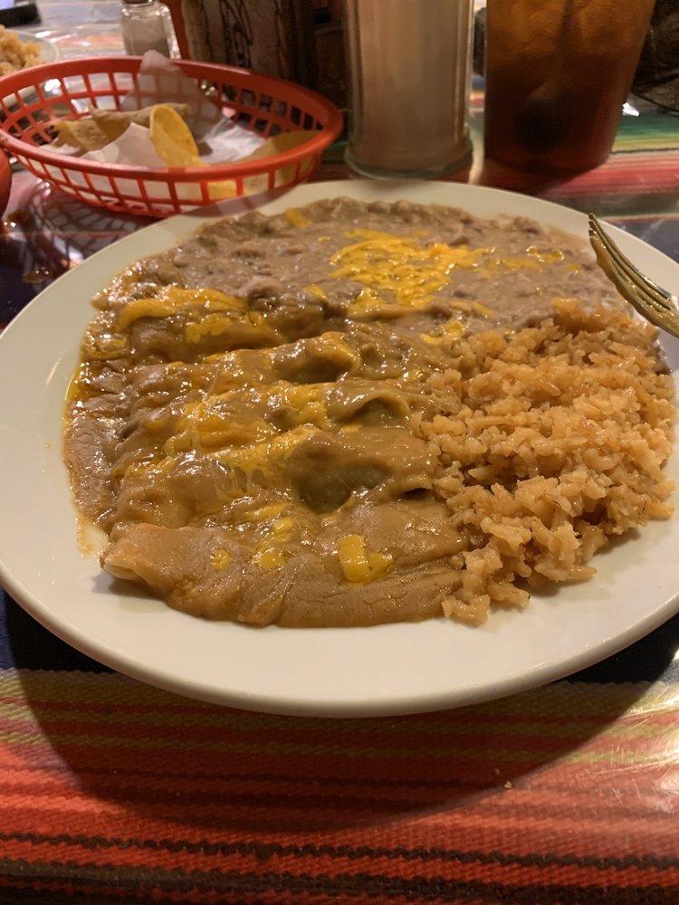 El Corral: 515 SW Main St, Eldorado, TX