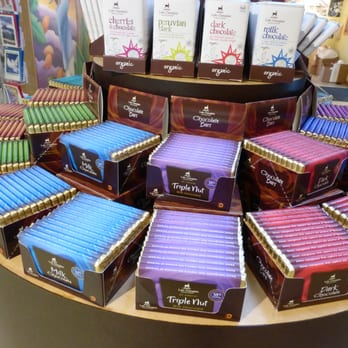 Lake Champlain Chocolates - 49 Photos & 36 Reviews - Candy Stores ...