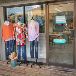 509020aa0 Sea Glass Lane - Women's Clothing - 2075 Periwinkle Way, Sanibel, FL ...