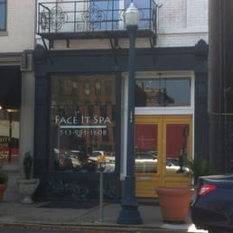 Face It Spa 16 Reviews Day Spas 229 West Ninth St