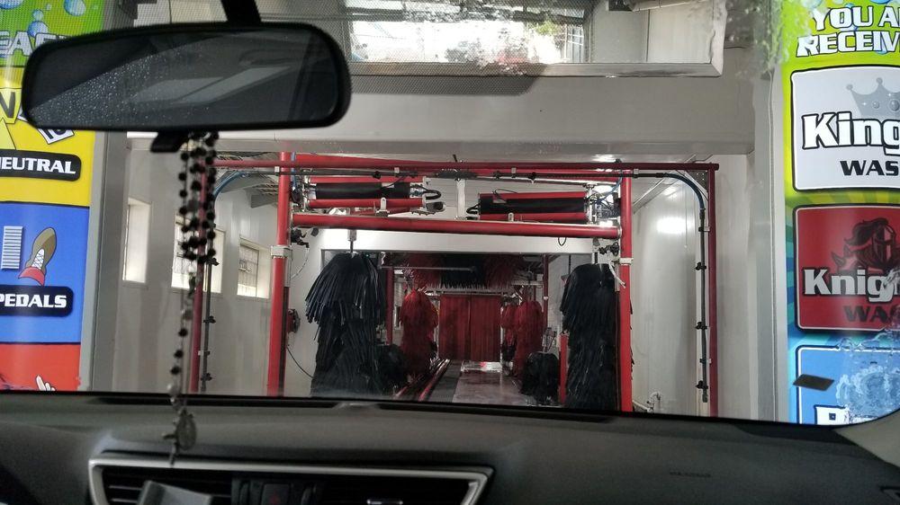 Castle Auto Wash: 1005 Fort St, Wyandotte, MI