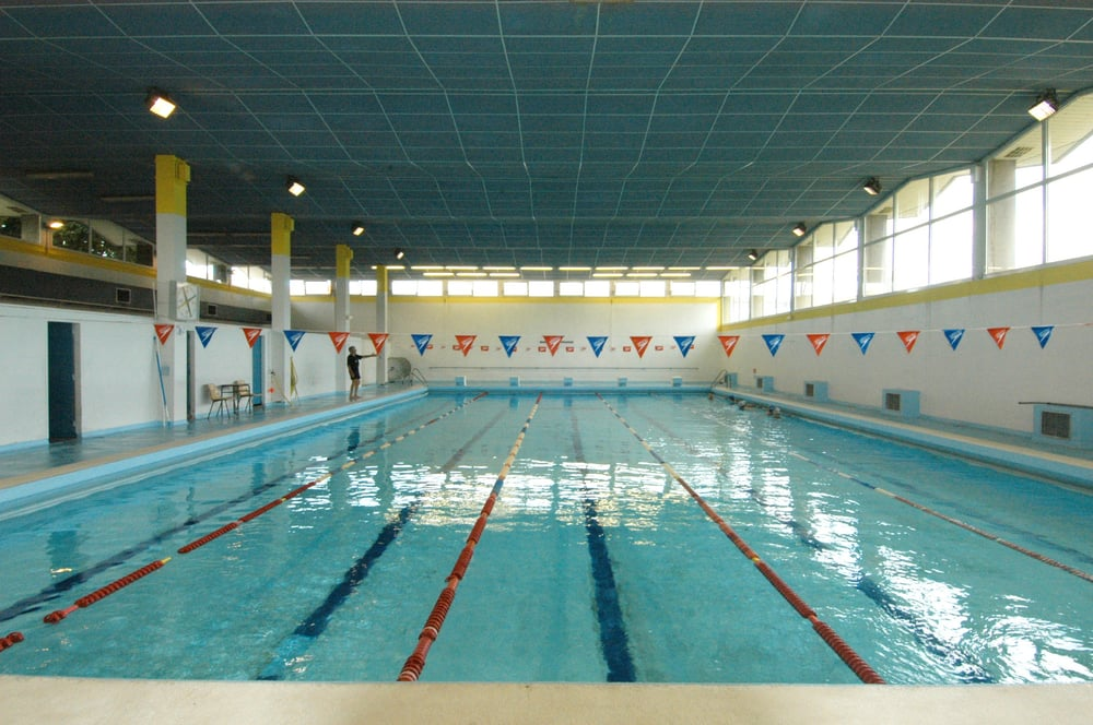 Piscine municipale pradi swimming pools rue des for Piscine municipale ales