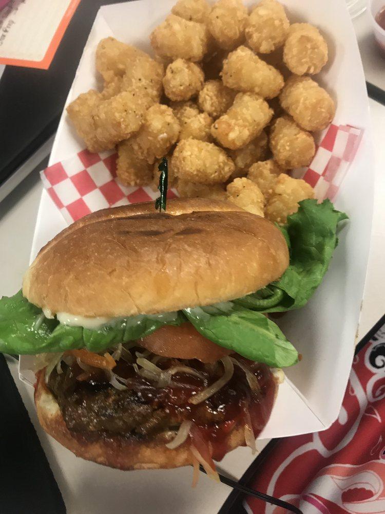 Triple S Food Service: 3004 S 212th St, SeaTac, WA