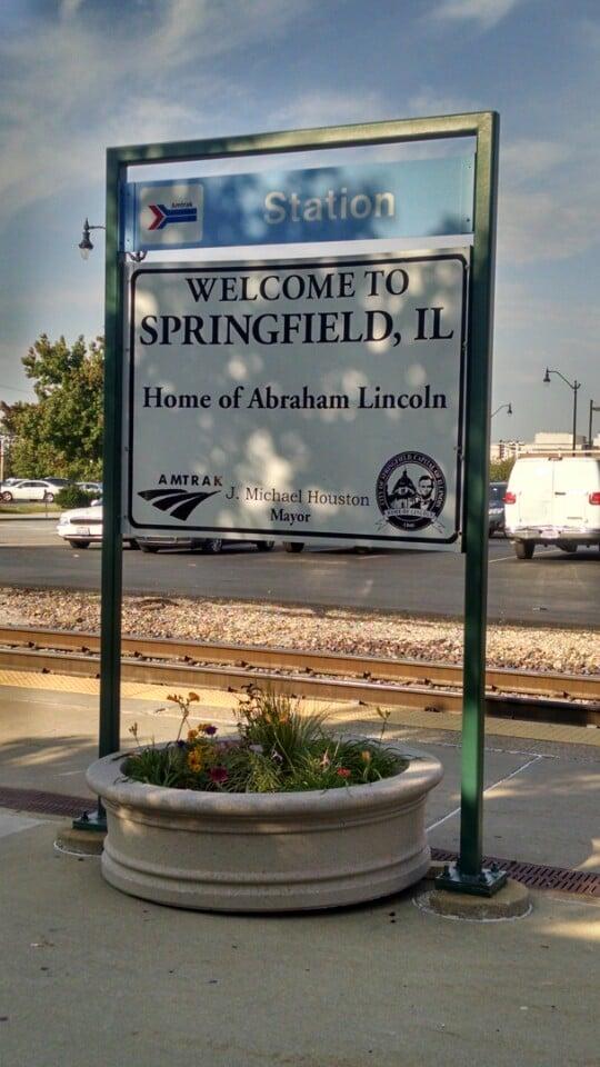 Amtrak: 100 N 3rd St, Springfield, IL