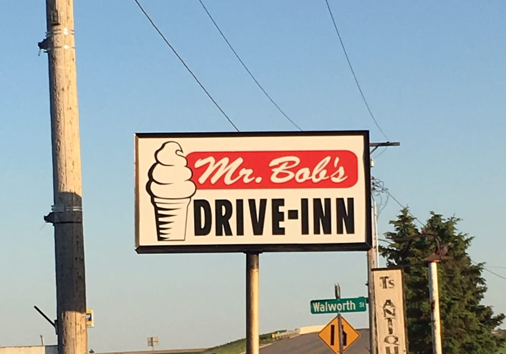 Mr Bob's Drive In: 500 W Walworth St, Selby, SD