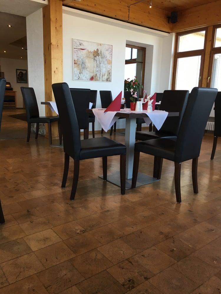 hotel restaurant hohentwiel 10 fotos deutsch hohentwiel 1 singen baden w rttemberg. Black Bedroom Furniture Sets. Home Design Ideas