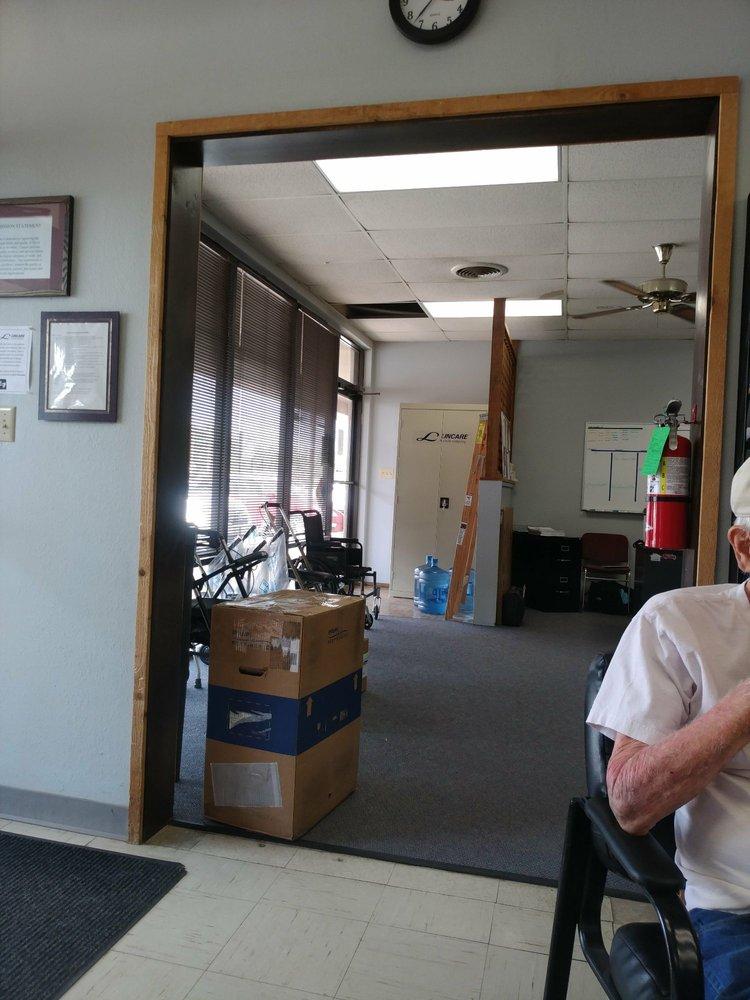 Lincare: 114 N Oakwood Rd, Enid, OK