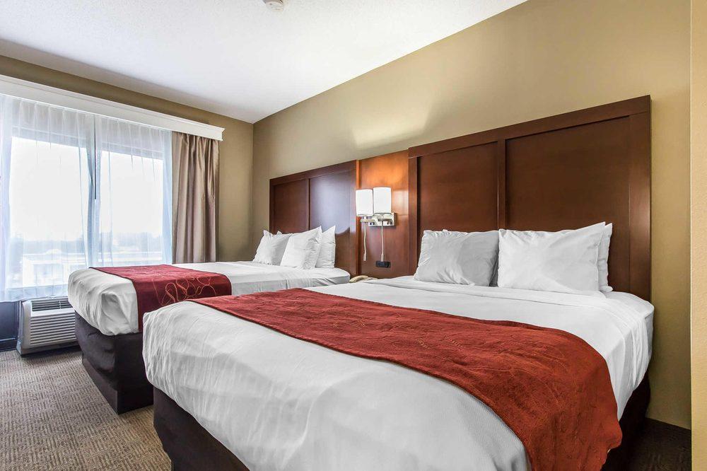 Comfort Suites: 1310 W Fayette Rd, Effingham, IL