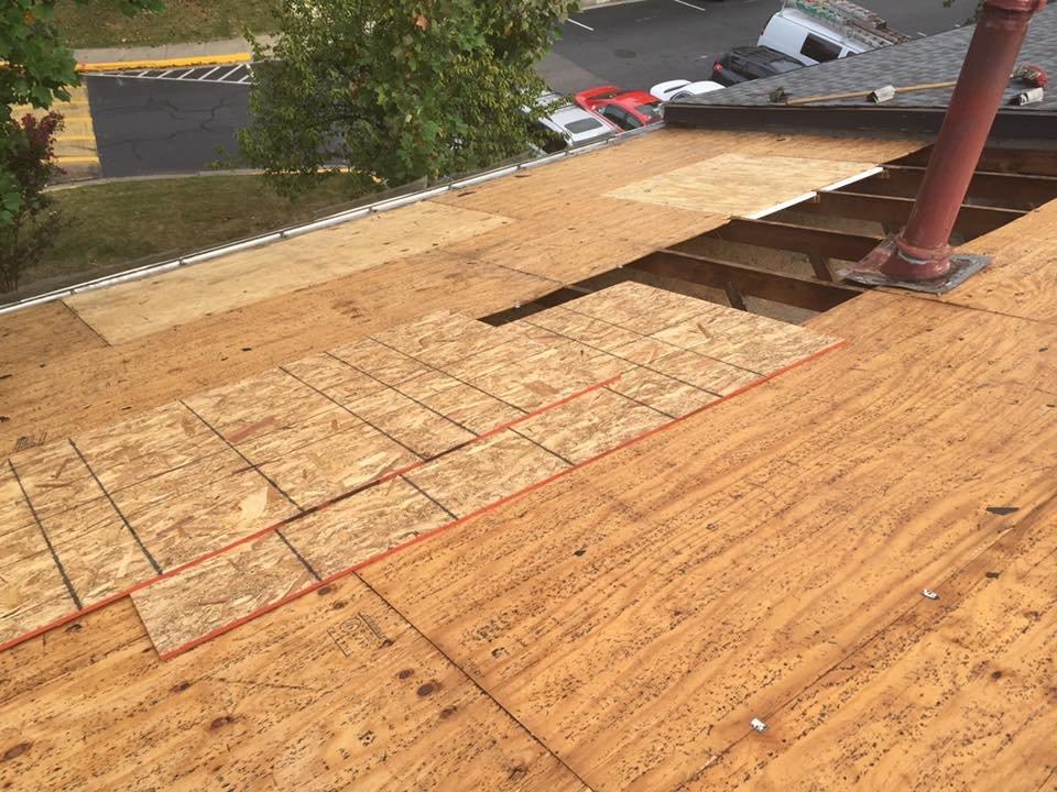 WorldWide Roofing: Mineral, VA
