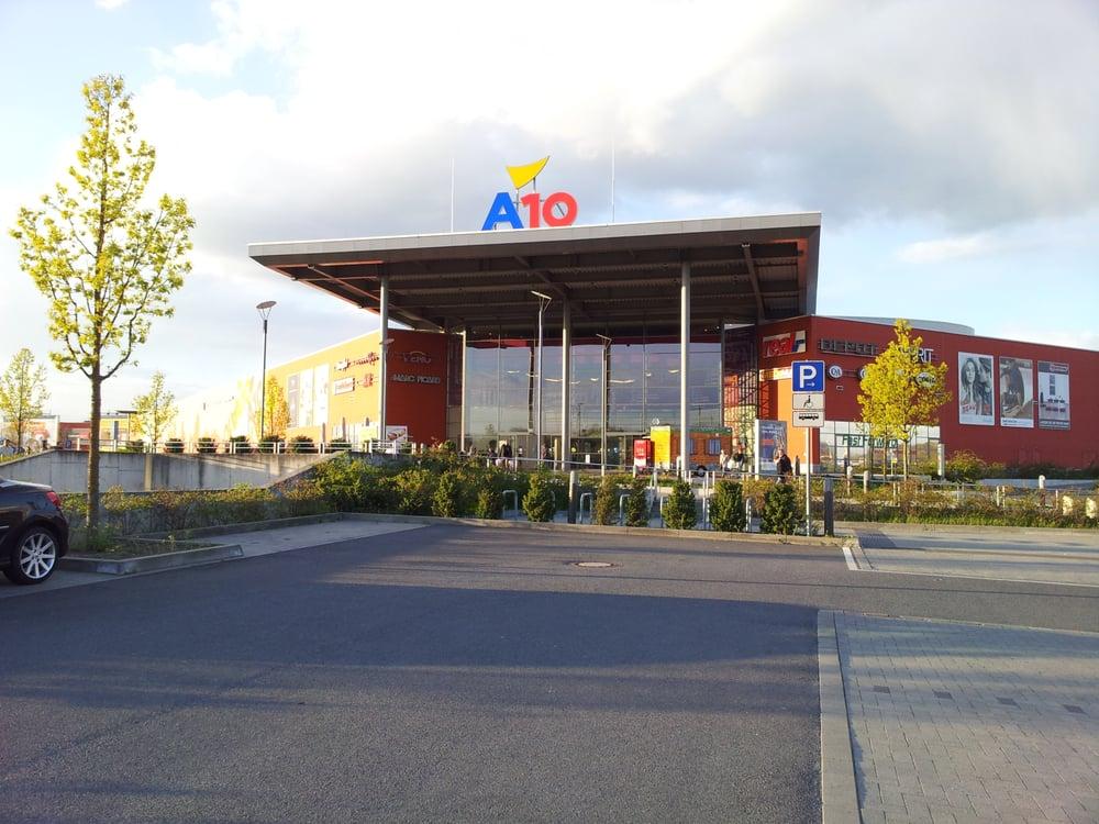 A 10 Center