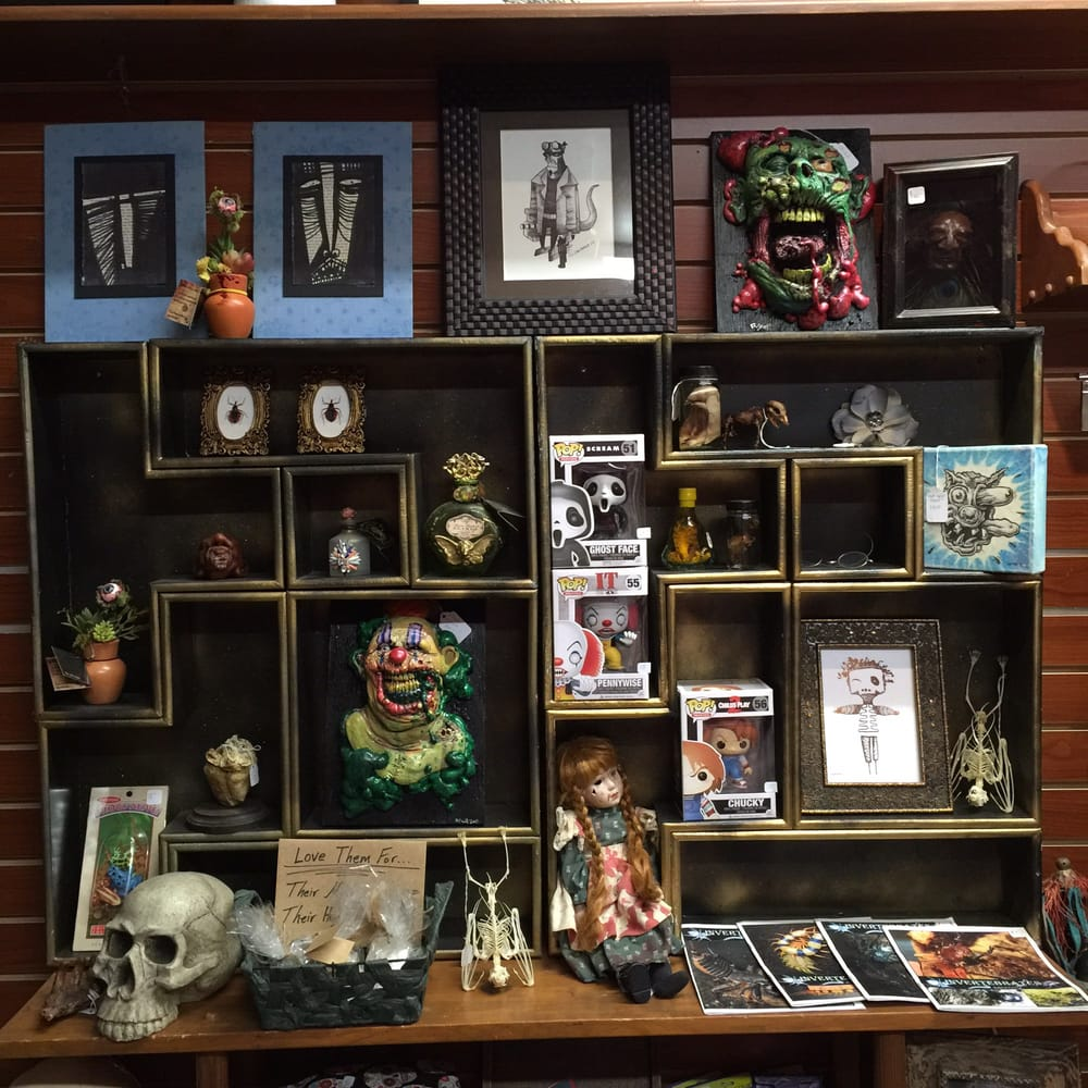 Ventura's Little Shop Of Horrors: 433 E Main St, Ventura, CA