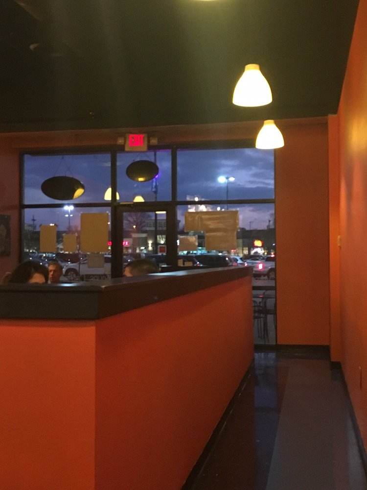 Chill spot 80 photos 89 reviews bubble tea 330 for Dining near brentwood tn